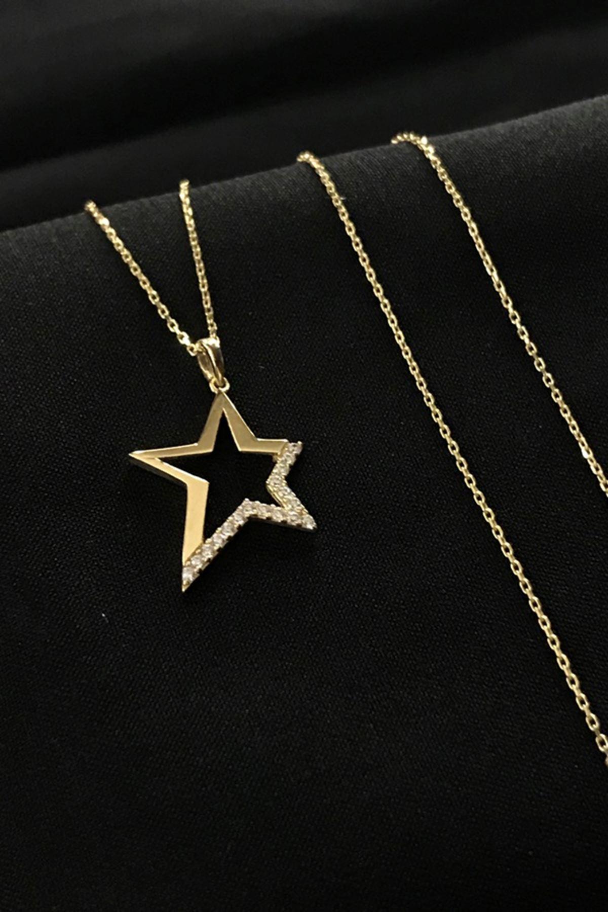 Taşlı Yıldız Kolye 8A0011